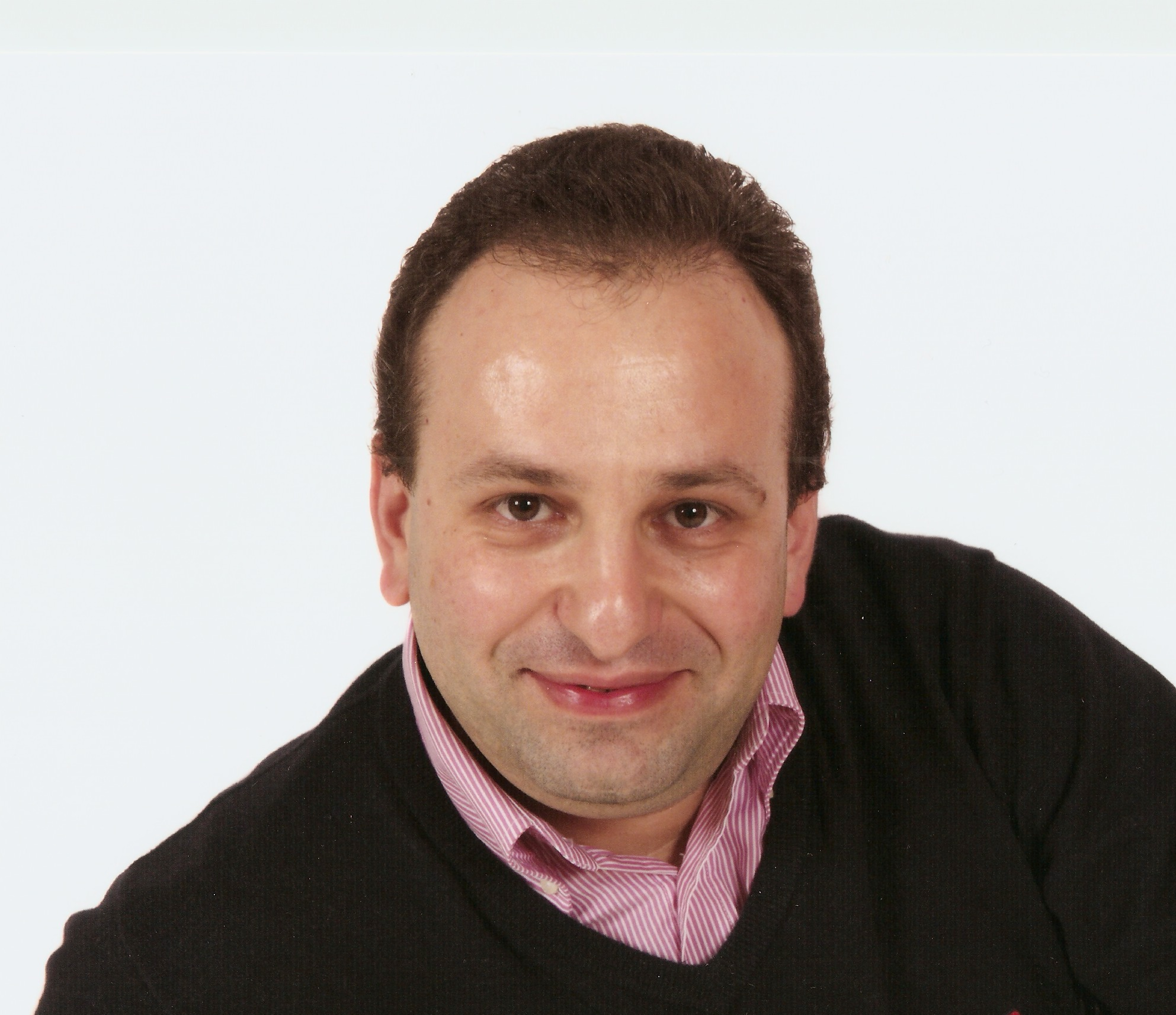 Photo of Dejan Karadaglic
